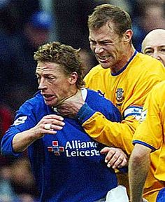 Toppo's Top Tens – Football Nutters Big Duncan Ferguson - Everton Legend Football Cards, Football Soccer, Football Fight, Retro Football, Football Players, Premier League Soccer, Action Images, Rangers Fc, Hard Men