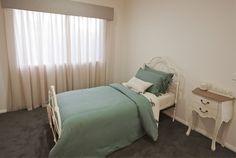 Antique bedroom idea