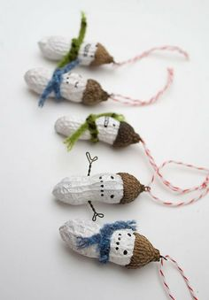 Painted peanut shell snowmen...easy