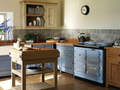 An AGA in duck-egg blue - be still my beating heart!
