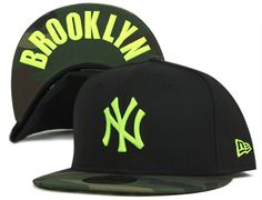Camo Neon Yellow New York Yankees Undervisor 59Fifty Fitted Cap by NEW ERA x MLB