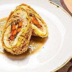 Apre a Roma il ristorante messicano che vuole cambiare l'idea di ristorante messicano. Tutto su www.gamberorosso.it #ristorantemessicano #messico #tacos #food #pollo #yummy #agaveria #lapunta #roma #instagood