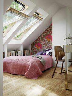 aménagement de combles, une jolie chambre parentale, sol en parquette…