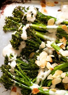 Close up of Roasted Broccolini with Tahini Sauce, fresh out of the oven Vegetable Recipes, Vegetarian Recipes, Cooking Recipes, Healthy Recipes, Crockpot Recipes, Ottolenghi Recipes, Yotam Ottolenghi, Roasted Broccolini, Recipetin Eats