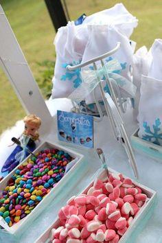 Frozen - La aventura Congelada de Pili | CatchMyParty.com