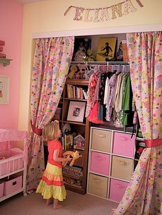 love this for girl's closet!!