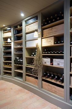 Consider some beautiful timber wine boxes if you can source them - with the black rio mesh & black shelving. Wine Cellar Design, Wine Design, Caves, Detail Architecture, Home Wine Cellars, Rustic Wine Racks, Pallet Wine, Wine Glass Rack, Cigar Room