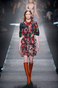Modeshow Louis Vuitton vrouw lente zomer 2015
