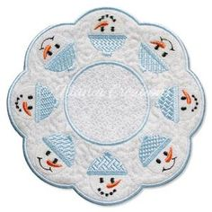 ITH Snowman Candle Mat 5x5 6x6 7x7 8x8 - Titania Creations Christmas Patchwork, Table Centers, Machine Embroidery Patterns, Janome, Christmas Treats, Snowman, Kids Rugs, Candles, Hoop