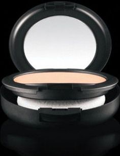 MAC Studio Fix Powder NW20