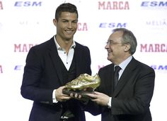 Mirando o 'tetra', CR7 recebe terceira Chuteira de Ouro e empata com Messi #globoesporte