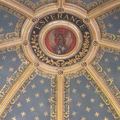 Château de Chantilly France. #chantilly #castelo #chateau #castle #domainedechantilly #royal #monarch #picardie #paris #frança #france #europe #europa #myworld #tourist #tourism #vacation #ferias #viagem #trip #travel #photooftheday #fotododia #youtube #youtubechannel #patriciaviaja #hope #esperance #esperança