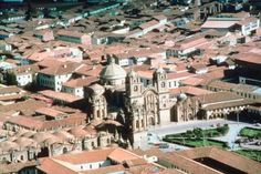 Enjoy beautiful Cuzco attired in the right clothes.