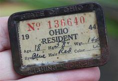 Antique/Vintage 1944 Ohio Fishing License & Holder Pin