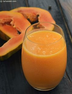 Make a dedication to juicing and adhere to it, this can be challenging if you are not utilized to the practice however with time, dedication and routine use it can become so deeply embedded that it will merely be something you won't wish to live without. Healthy Juice Recipes, Healthy Juices, Healthy Smoothies, Raw Food Recipes, Healthy Drinks, Indian Food Recipes, Smoothie Recipes, Papaya Smoothie, Juice Smoothie