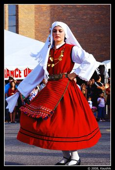 Traditional Greek Dancer at the Ottawa Greek Fest Greek Traditional Dress, Traditional Outfits, Greek Dancing, Greek Dress, Costumes Around The World, Art Populaire, Greek Culture, Beautiful Costumes, Ethnic Dress