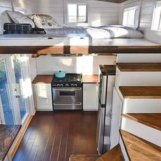 (2/2) San Francisco couple Maren Engh and Max Jallifier decided to stop paying $3500 a month for their apartment and had a custom tiny house built by Mint Tiny Homes. The couple spend $80000 for the tiny house including $15000 worth of solar panels so they could live off-grid.. View more pictures and details through our profile link or visit tinyliving.com!. #tinyliving #tinyhouseliving #tinyhouse #tinyhouses #tinyhome #tinyhomes #tinyhousemovement #thow #tinyhouseonwheels #tinyhomeonwheels…