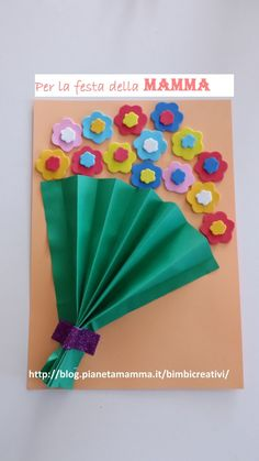 Copertina Mazzo di fiori Diy And Crafts, Crafts For Kids, Origami 3d, Classroom Crafts, 3d Shapes, Flower Cards, Holidays And Events, Easter Crafts, Paper Art