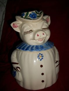 Vintage SHAWNEE POTTERY, WINNIE THE PIG, LADY PIG COOKIE JAR