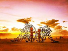 Alexandr Milov Sculpture From Burning Man 2015 Addresses The Painful Truth About Human Relationships