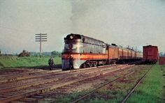 """The Milwaukee Road Class A was a class of high-speed, streamlined """"Atlantic"""" type steam locomotives built by th. Milwaukee Road class A Flying Scotsman, Train Museum, Speed King, Old Steam Train, Milwaukee Road, Bonde, Old Trains, Train Pictures, Train Engines"""