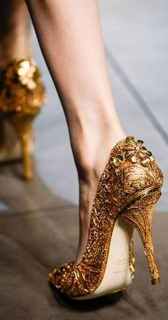 Dolce & Gabbana. They look like a princess should wear them to a museum.