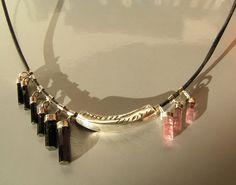 Zwarte en roze toermalijn collier, zilver en leer  van Jewellery by Zilvera - silver, stones and fun op DaWanda.com http://nl.dawanda.com/product/26646597-Lederhalskette-mit-Schwarzem-TurmalinFein-Silber