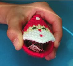 i used to have a ton of these as a kid.  might have to make some for stocking stuffers or easter basket fillers...