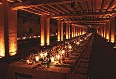 Matteo Corvino Design delicate atmosphere for a wedding dinner #tablesetting, #location, #wood, #light, #venezia, #miseenplace, #flower, #scenografia, #corvino,