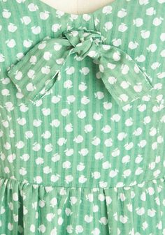 An Apple a Daydream Dress. Flutter through your day in this green dress for an all-around swoon-worthy experience! #green #modcloth