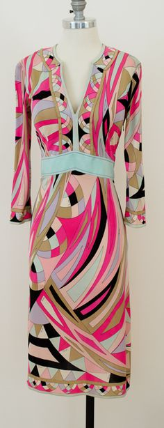 Vintage Pucci Mod Dress $350.00 @ www.vintagevirtuosa.com #PUCCI #VintagePucciDress