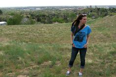 t-shirt and jeans in the Boise foothills