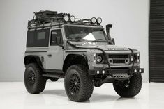1987 Land Rover Defender 90 Custom Built by Alpha Defenders for sale in Austin, Texas, United States Nouveau Land Rover Defender, Land Rover Serie 1, Landrover Defender, Defender Camper, Defender For Sale, Defender 90, Land Rover Overland, Land Rover Pick Up, Atvs