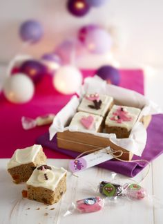 Purple Christmas, Xmas, Marimekko, Christmas Presents, Feta, Gift Wrapping, Place Card Holders, Sweets, Cheese