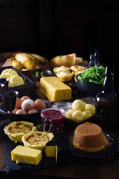 This is just a small portion of what the Dwarvish Company raided from Bilbo's pantry. Kira felt it was unnecessary, and sympathized with the poor hobbit for having fourteen strangers in his home.