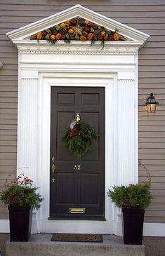 Ideas for house colonial exterior doors Front Door Molding, Front Door Trims, Front Door Entrance, House Front Door, Front Door Colors, Front Entrances, Doorway, Exterior Door Trim, House Paint Exterior