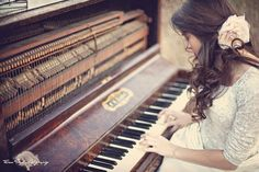The discovery of this photo was definitely something wonderful about today! Old pianos are a treat