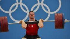 Image copyright                  Getty Images Image caption                                      El polaco Zielinski tuvo que esperar cuatro años para conseguir una medalla olímpica, pero la que recibió no fue de Río 2016 sino de Londres 2012.                                El primero no es oro, ni el segundo plata, ni el tercero bronce. Este inverosímil caso se dio en la prueba de halterofilia de -94 kg de los Juegos Olímpicos de Londr