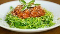 Espaguete de Abobrinha :: Receita fácil e rápida tem poucas calorias e garante sensação de saciedade