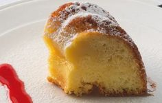 cream & lemon cake