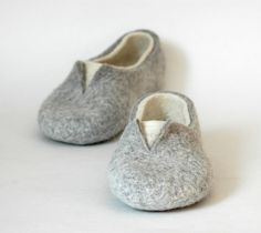 Felted slippers Grey White Natural Unisex Natural felt Women home shoes Eco fashion Traditional felt