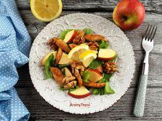 Ritkán készítek ilyen jellegű salátát, de most igazán jól esett. Egy kevés hús, hozzá egy kis gyümölcs, és dió. A citrom pedig nagyon kelle... Cobb Salad, Healthy Recipes, Healthy Food, Milk, Healthy Foods, Healthy Eating Recipes, Healthy Eating, Healthy Food Recipes, Health Foods