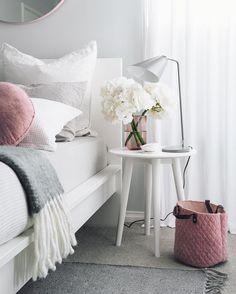 Pretty bedroom / Dormitorio lindo