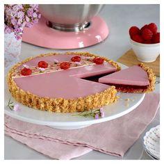 Recipe Cheesecake Parties Ideas For 2019 Desserts With Biscuits, Köstliche Desserts, Dessert Recipes, Dessert Simple, Pretty Cakes, Beautiful Cakes, Raspberry Panna Cotta, Biscuits Croustillants, Scones Ingredients