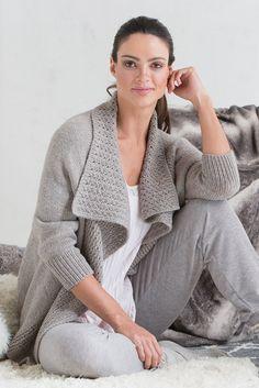 Northampton Cardigan pattern by Amanda Bell Cardigan Pattern, Knit Cardigan, Summer Cardigan, Knit Sweaters, Knitting Designs, Knitting Patterns, Amanda Bell, Winter Fashion Outfits, Knit Jacket
