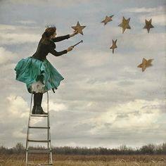Sensizlikte Bir Gece: yıldızları ben koydum gökyüzüne bu gece