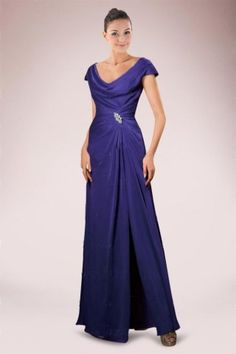 Elaborated A-line Mother of Bride Gown Holding Cowl Neckline and Asymmetrical Pleats