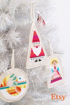 create an inviting holiday home with unique tree decorations stockings hostess gifts and diy ideas