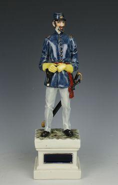 "Capodimonte Guido Cacciapuoti Figurine Soldier ""Infantry Officer USA"""
