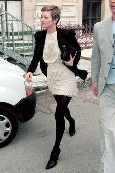 Four words: Kate Moss Pixie Cut.   #hairenvy #chopchop